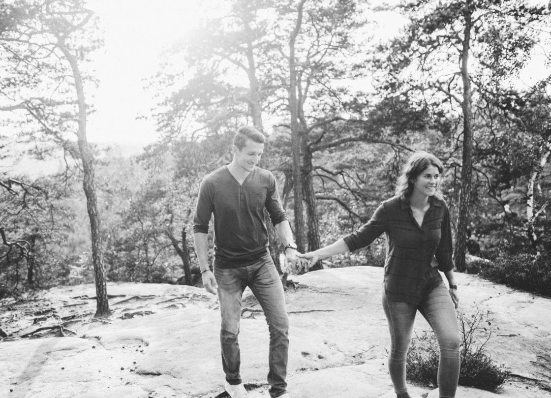 Paarportrait Elbsandsteingebirge 11 1120x809 - Lets take a walk with these two #lovebirds