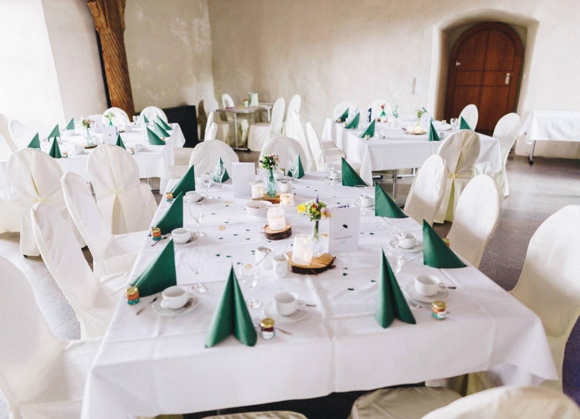 JuleSascha 22 1920x1387 - Hochzeit im alten Dornburger Schloss