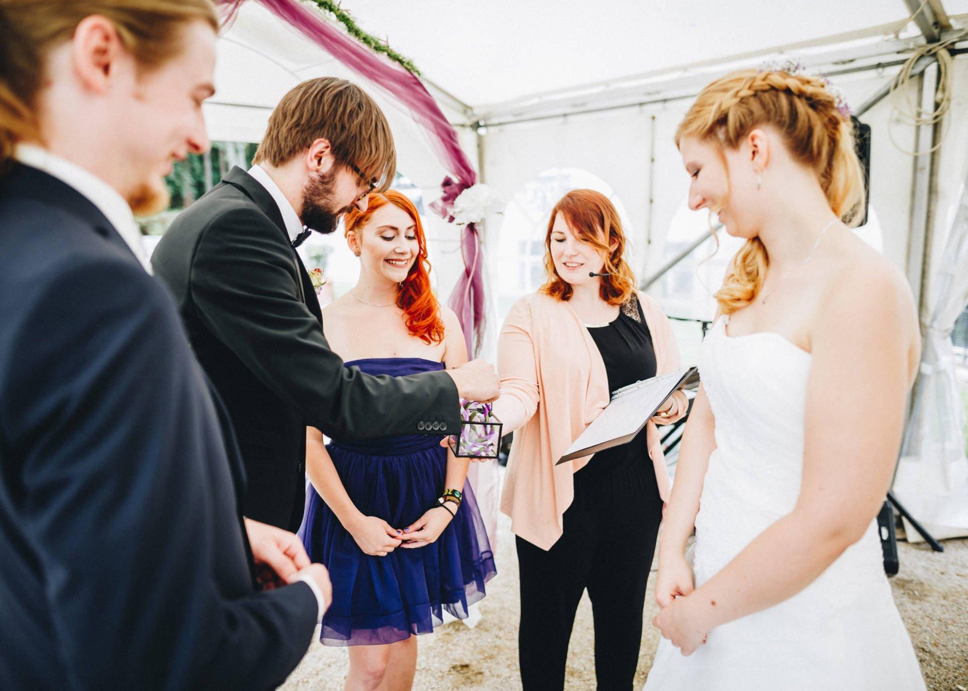 50mmfreunde Hochzeit Poesneck VillaAltenburg 18 - Freie Trauung in der Villa Altenburg