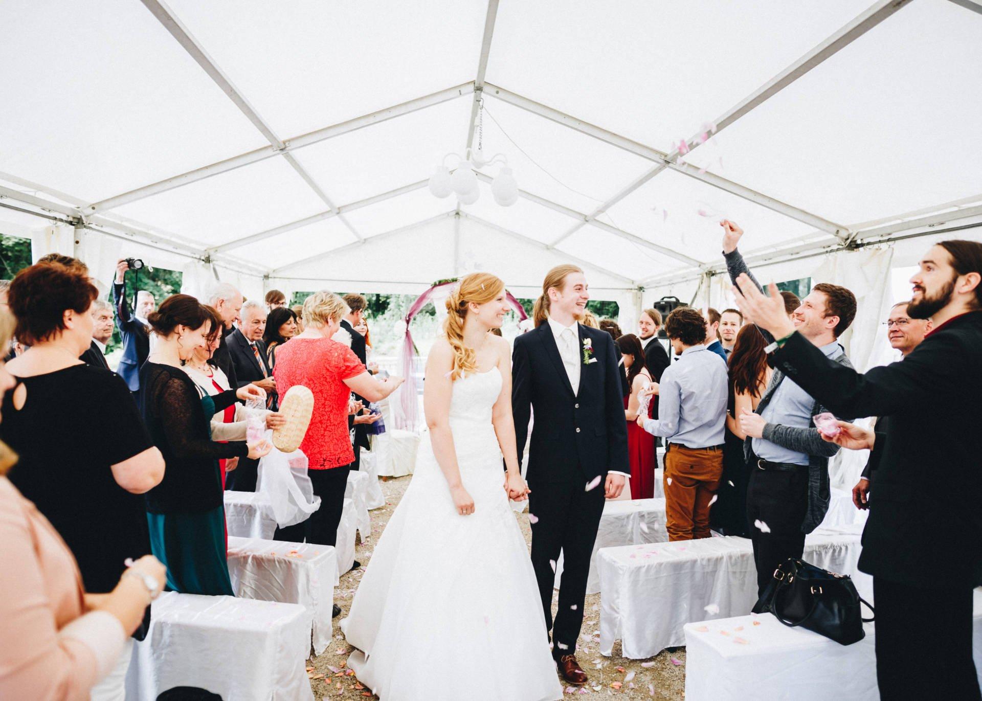 50mmfreunde Hochzeit Poesneck VillaAltenburg 22 - Freie Trauung in der Villa Altenburg