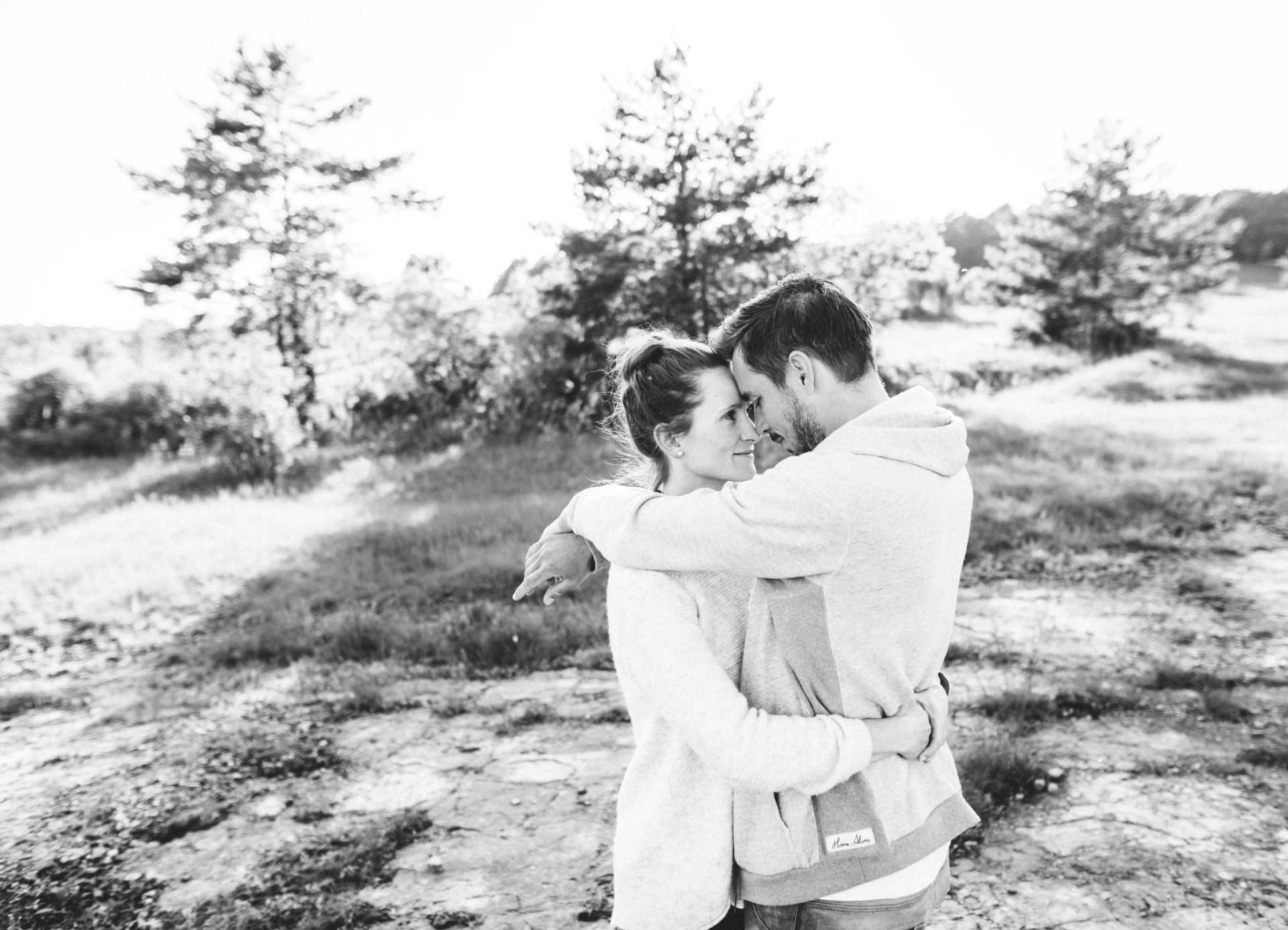 Liebesgeschichte, Portfolio | Verlobungsshooting auf dem Windknollen | 31