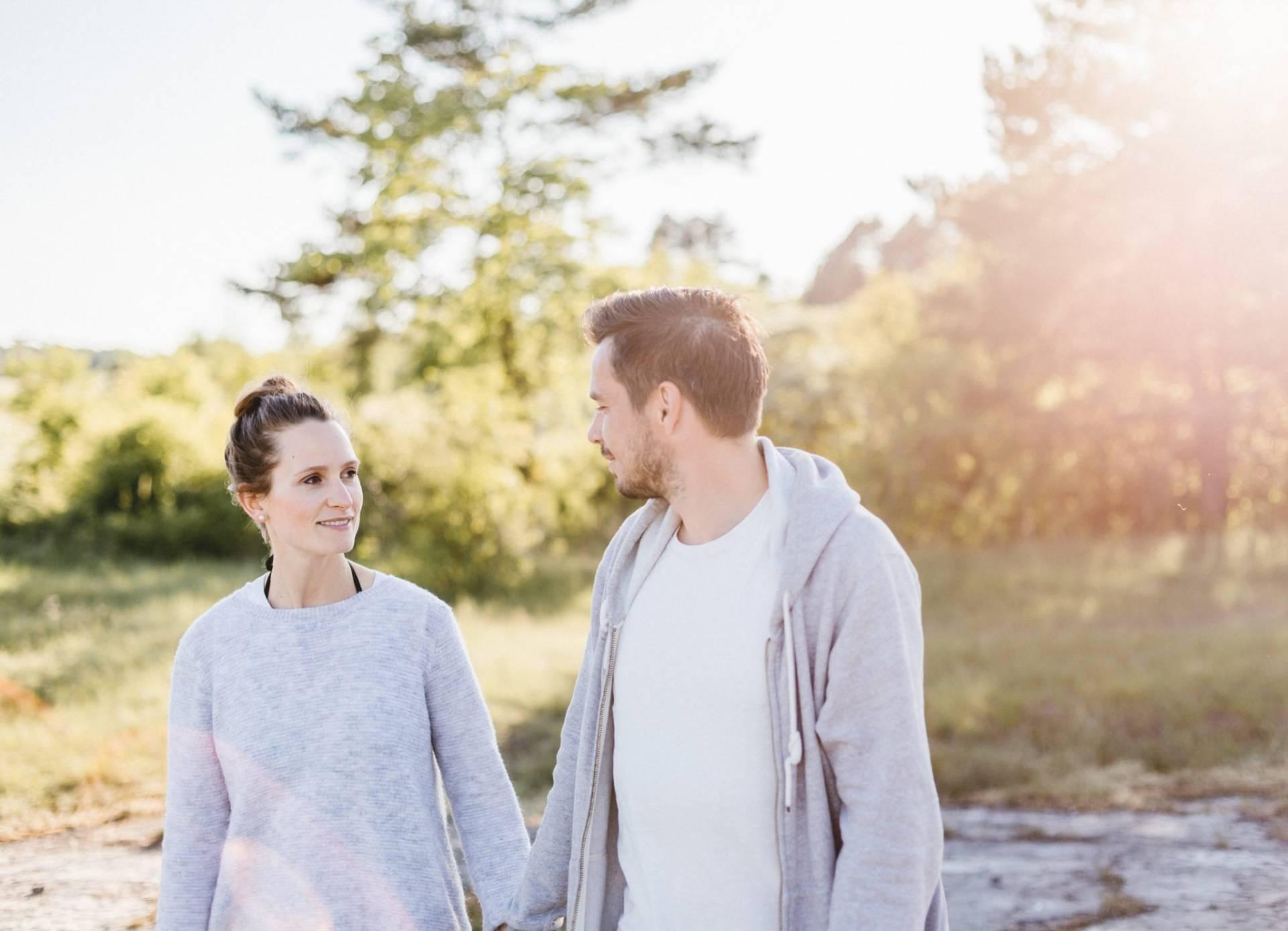 Liebesgeschichte, Portfolio | Verlobungsshooting auf dem Windknollen | 39