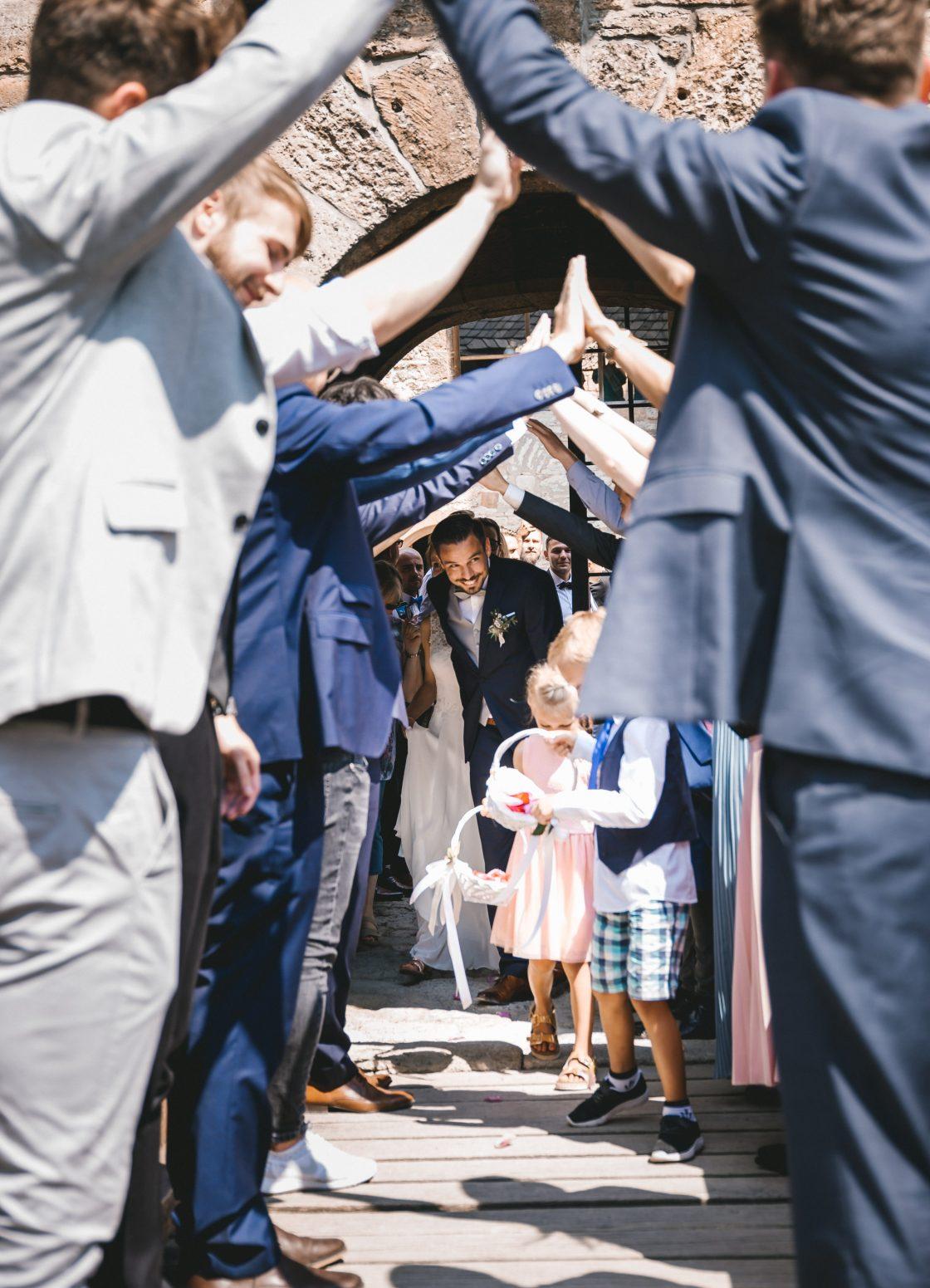50mmfreunde Kranichfeld Hans am See Hohenfelden Hochzeit 0698 1120x1551 - 50mmfreunde_Kranichfeld_Hans-am-See_Hohenfelden_Hochzeit_0698