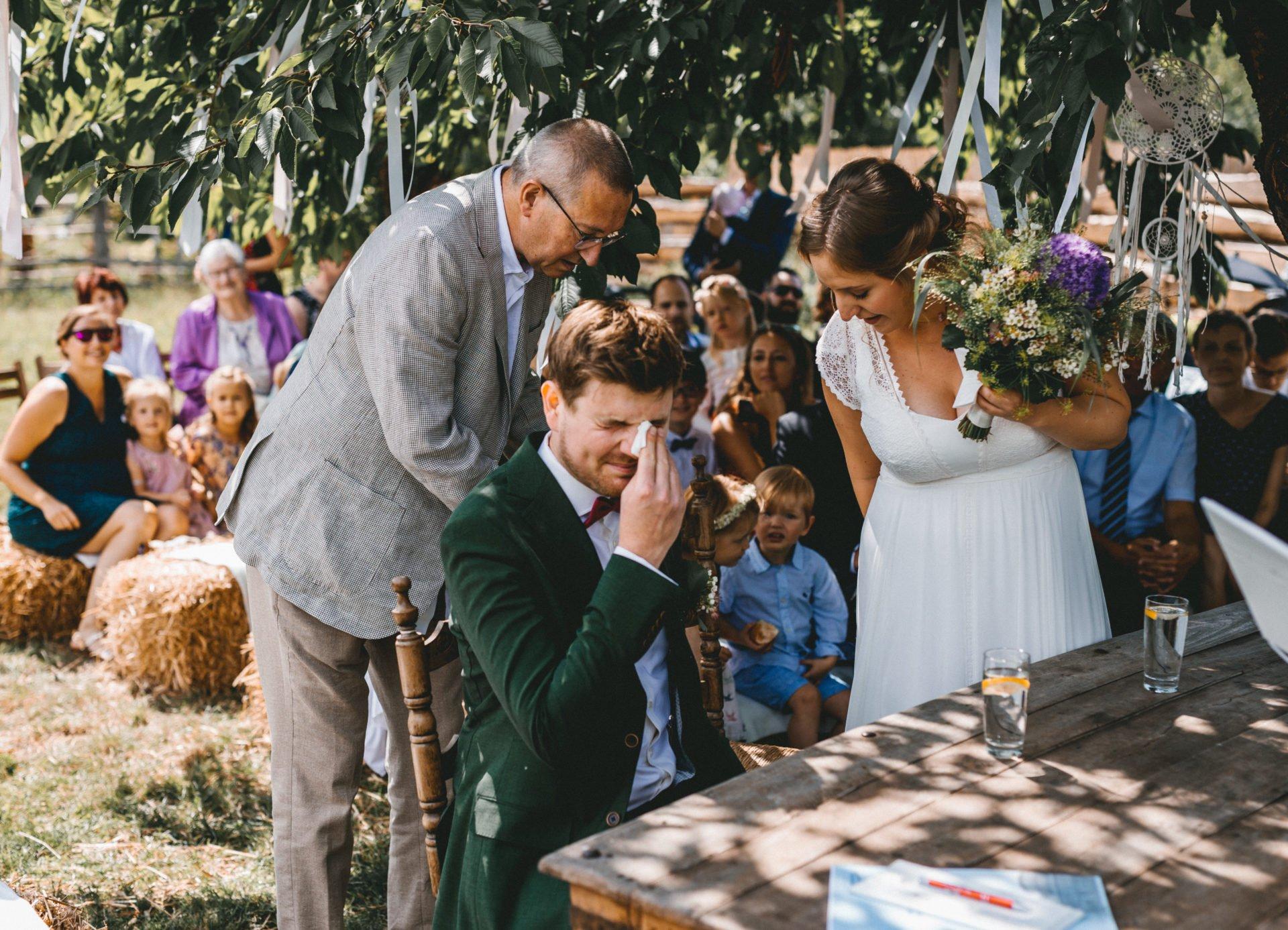 50mmfreunde Berlin Hochzeit 036 1920x1387 - Sommerhochzeit in dem Vierseithofcafé im Berliner Umland