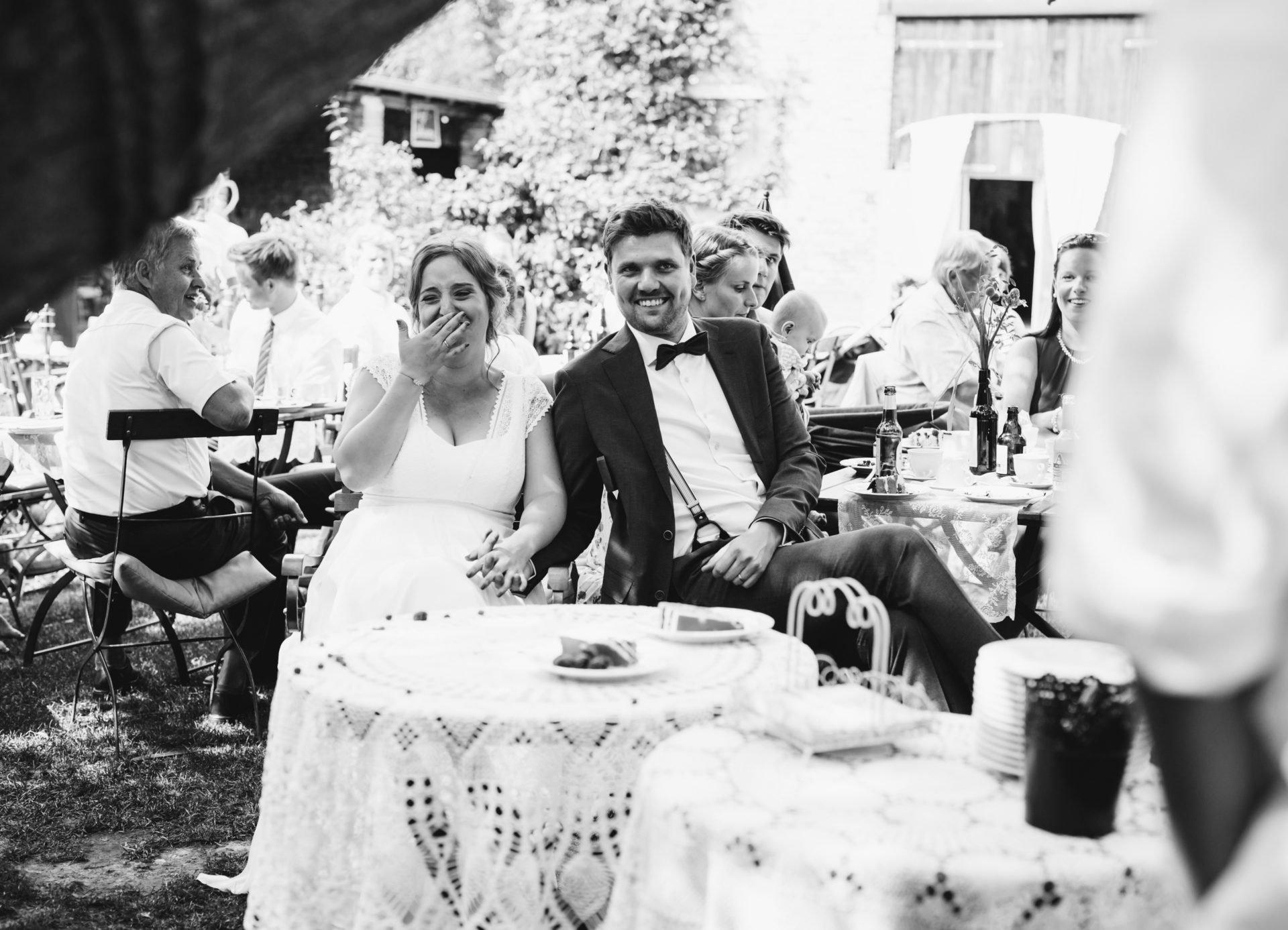 50mmfreunde Berlin Hochzeit 057 1920x1387 - Sommerhochzeit in dem Vierseithofcafé im Berliner Umland