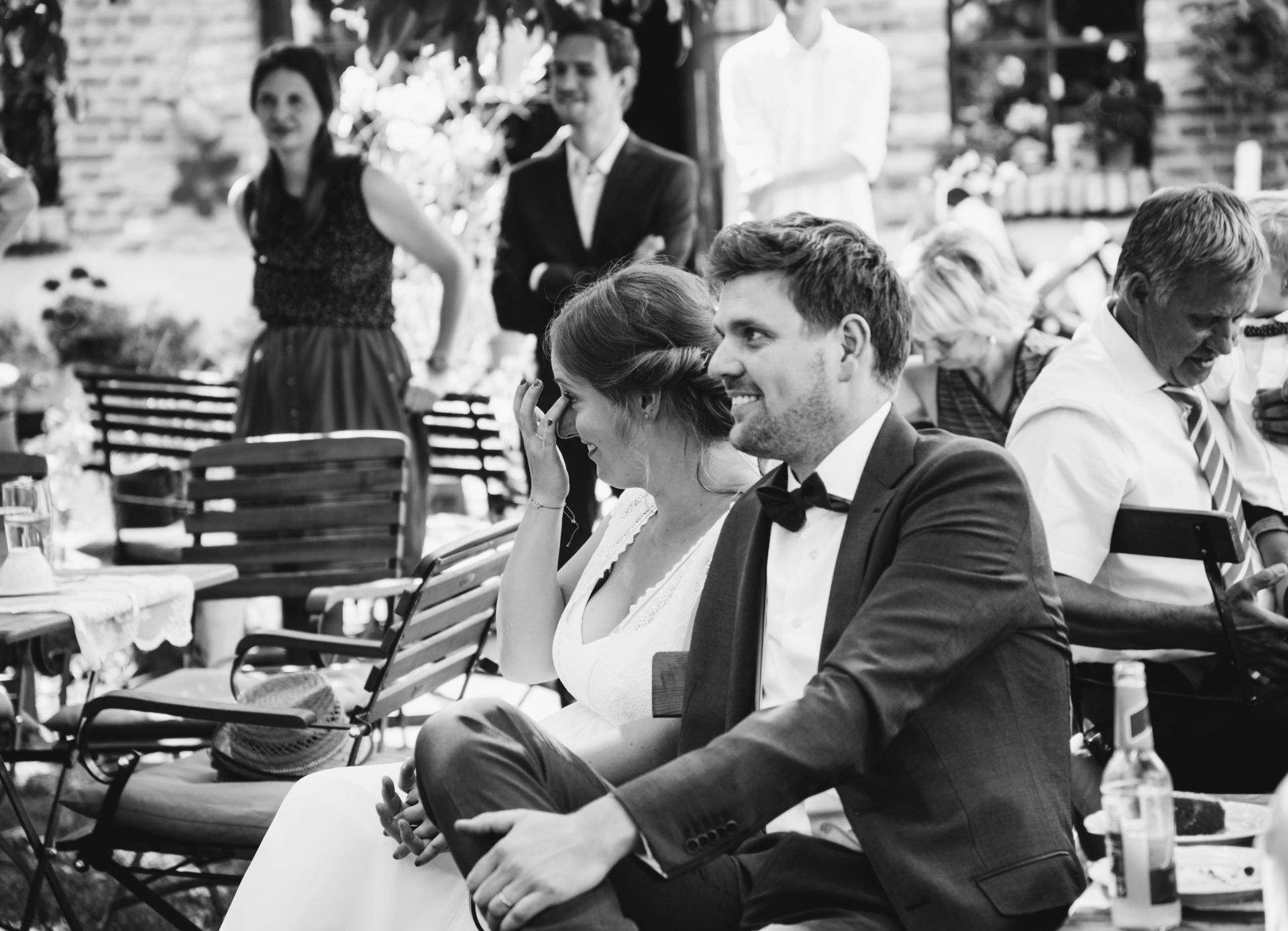 50mmfreunde Berlin Hochzeit 059 1920x1387 - Sommerhochzeit in dem Vierseithofcafé im Berliner Umland