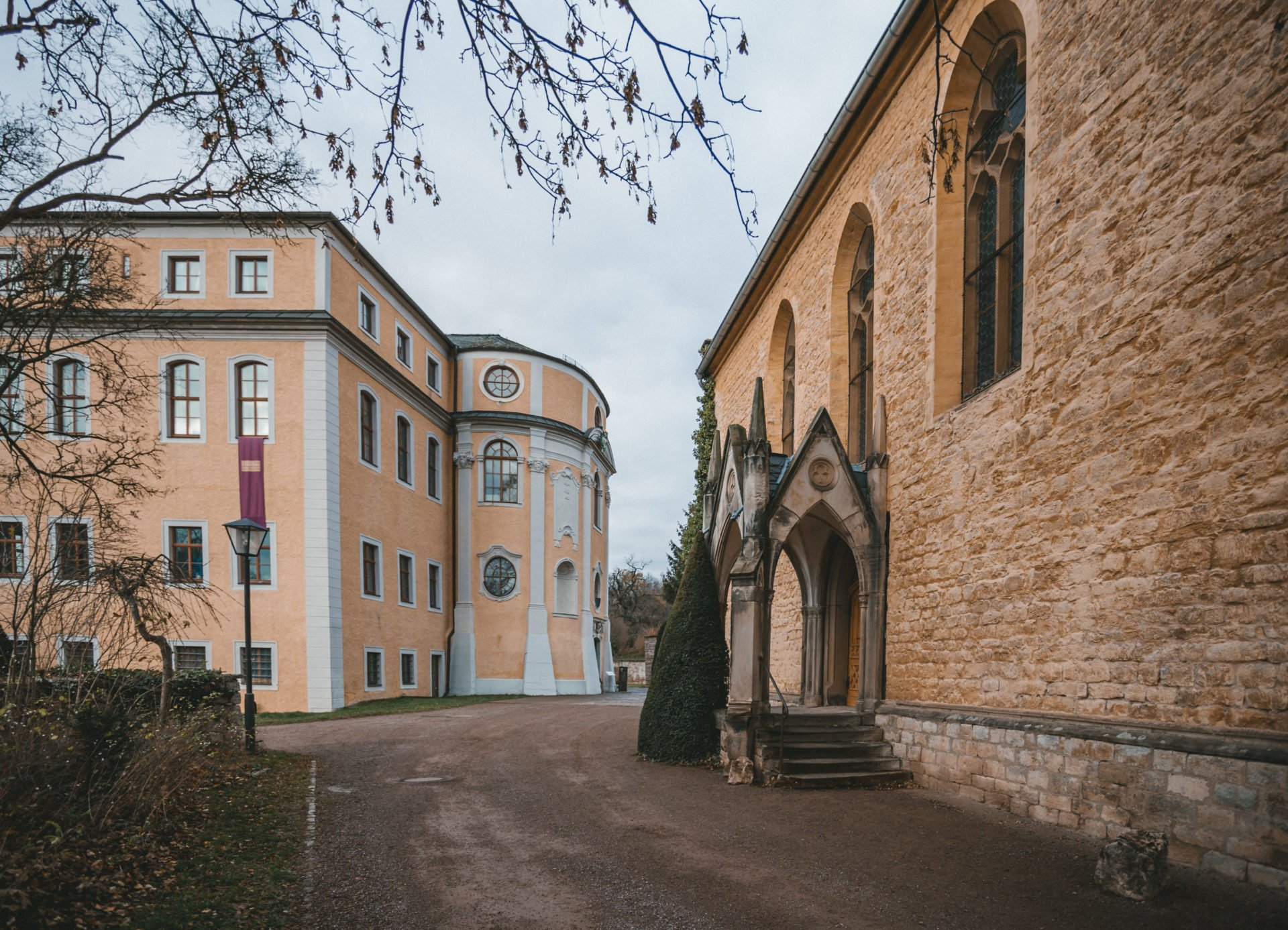 50mmfreunde Erfurt Jena Weimar Ettersburg Hochzeit 02 1920x1387 - Dezemberhochzeit im Schloss Ettersburg bei Weimar