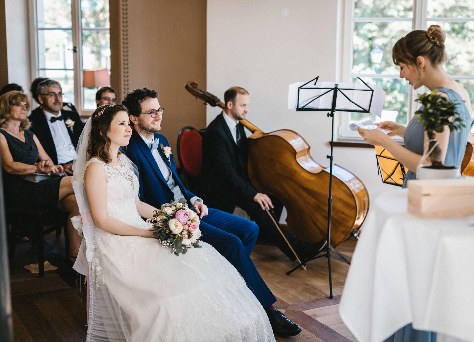 Hochzeitsreportage, Portfolio | Freie Trauung im Herrenhaus Möckern in Leipzig | 21