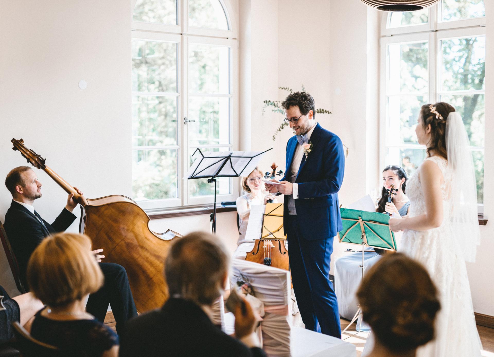 Hochzeitsreportage, Portfolio | Freie Trauung im Herrenhaus Möckern in Leipzig | 22