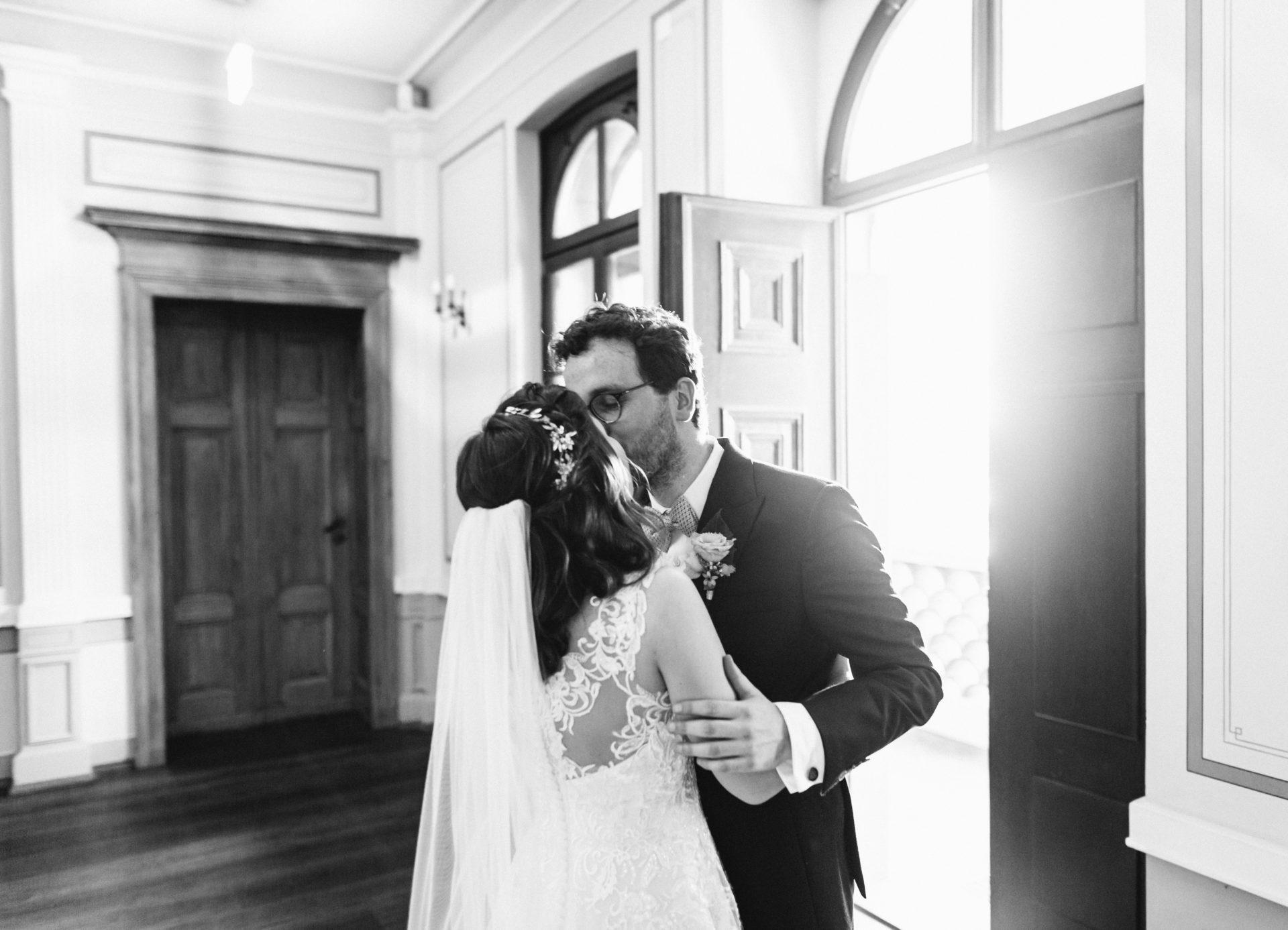 Hochzeitsreportage, Portfolio | Freie Trauung im Herrenhaus Möckern in Leipzig | 28