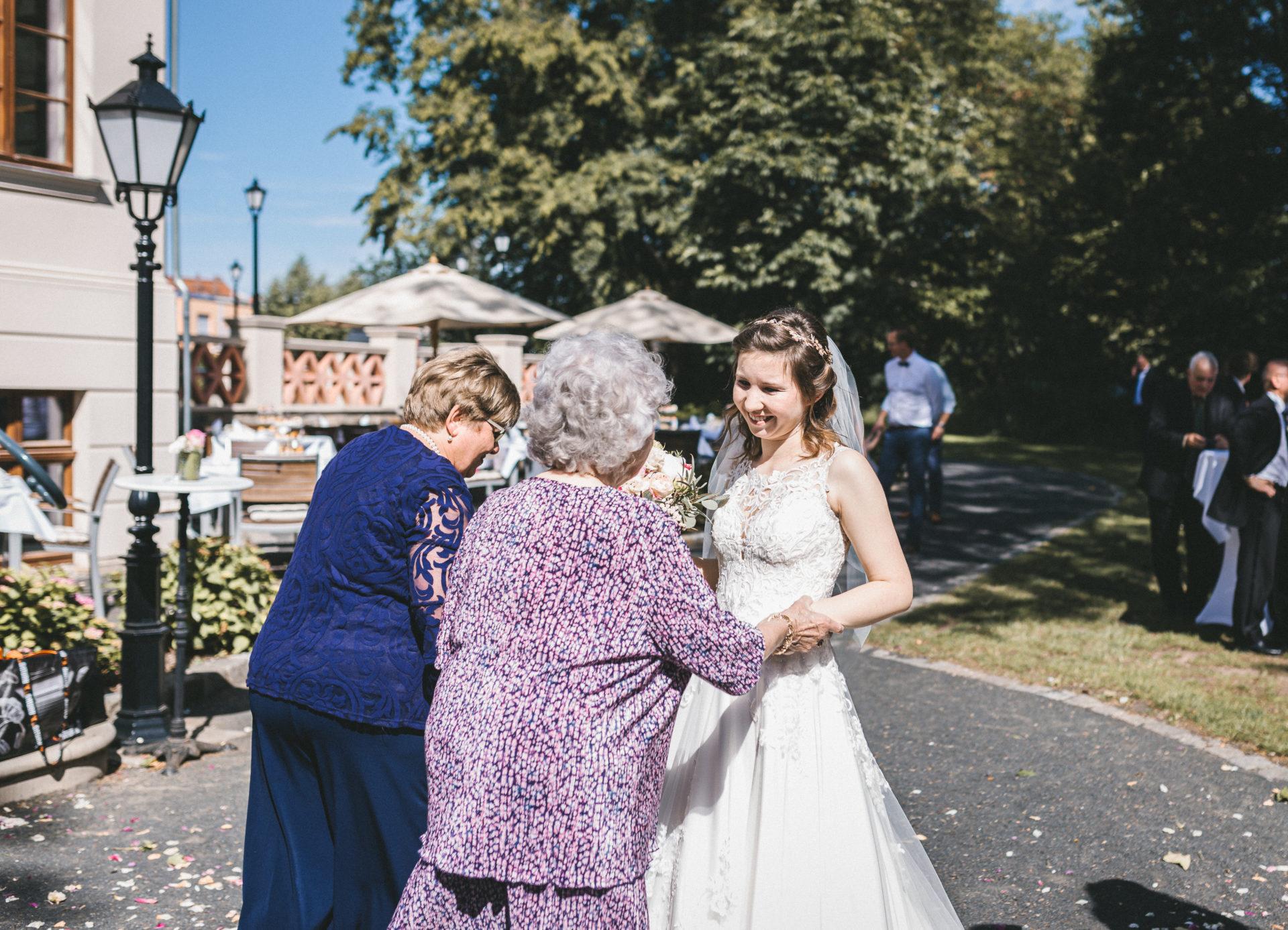 Hochzeitsreportage, Portfolio | Freie Trauung im Herrenhaus Möckern in Leipzig | 31