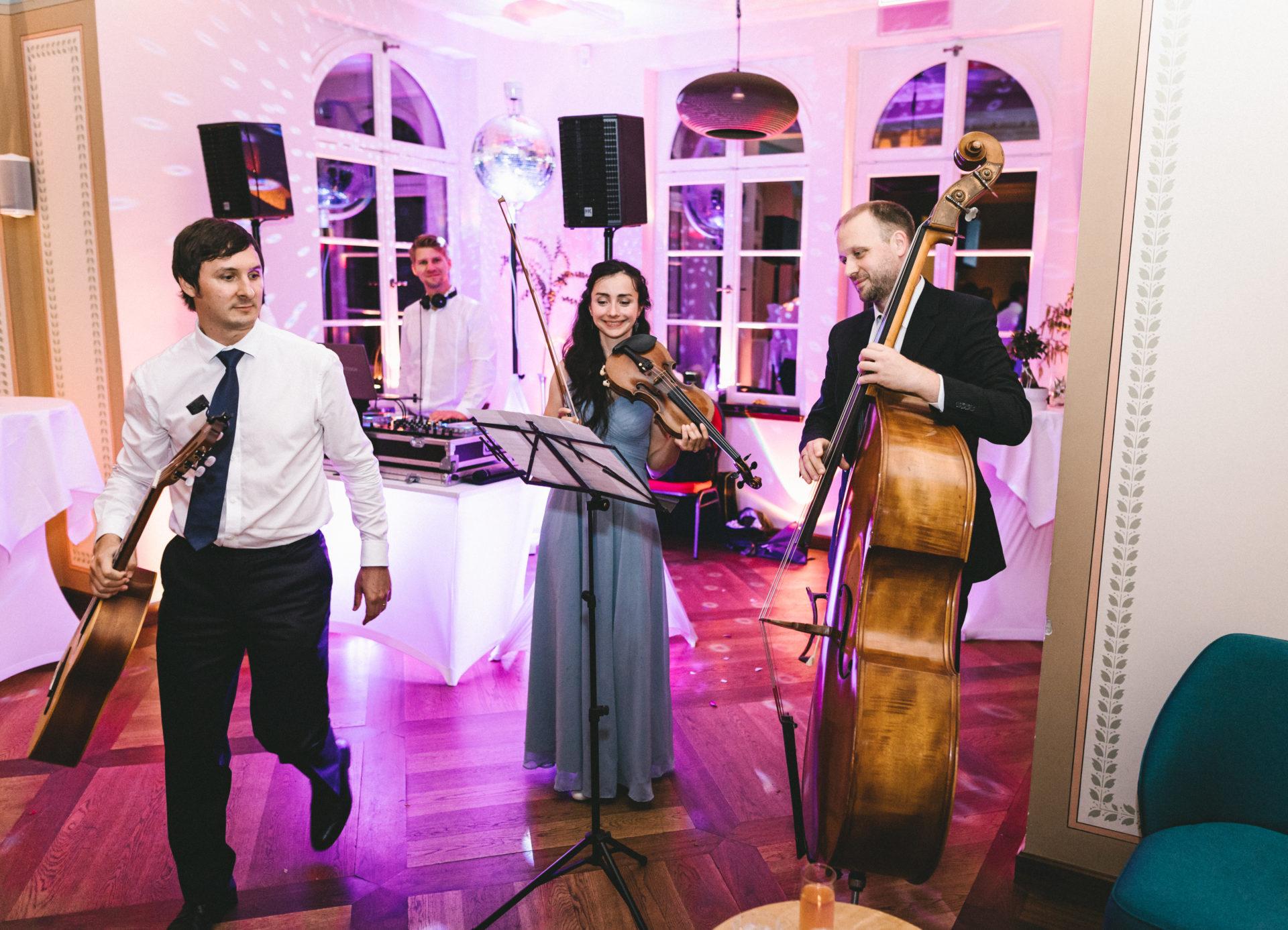 Hochzeitsreportage | Freie Trauung im Herrenhaus Möckern in Leipzig | 50